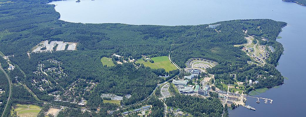Летом 2013 Holiday Club Saimaa открыл свои двери. Были построены: 121 номер отеля, 167 коттеджей и апартаментов, поле для гольфа на 18 лунок, ТК Capri и парк развлечений Angry Birds Activity Park.