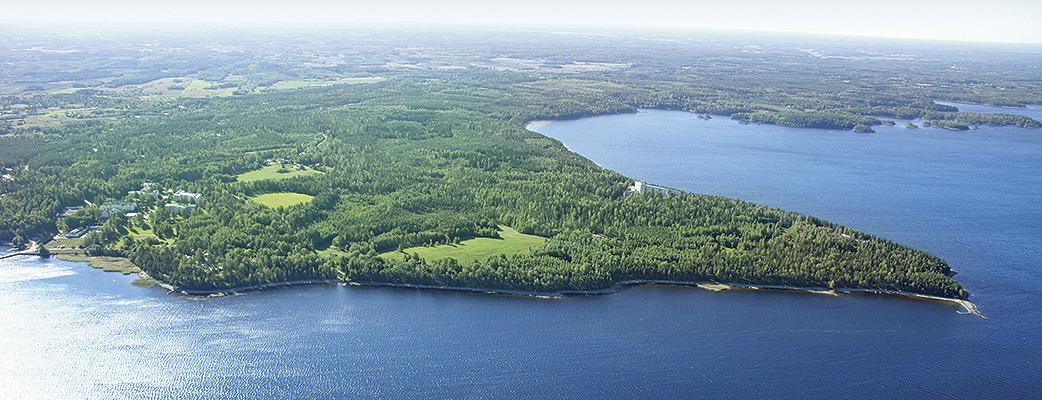 Holiday Clubilla on luonnonkauniilla paikoilla 33 lomakohdetta. Loma-asuntoja on yhteensä lähes 2 000.