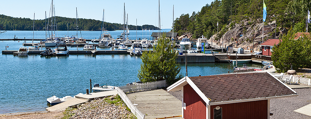 Отдых в комфортабельных апартаментах с видом на блестящую гладь моря – это отличный способ насладиться финским летом.