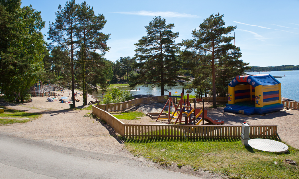 airisto-playground-by-the-beach-hor.jpg