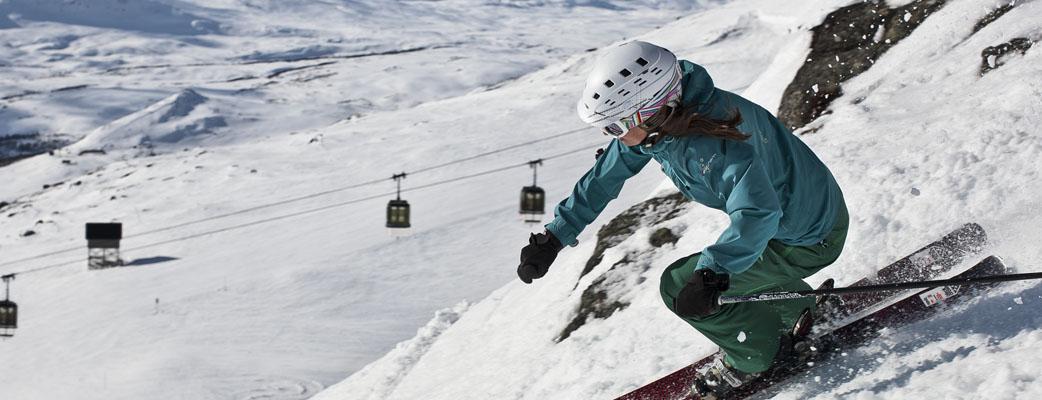 Koe Pohjois-Euroopan paras laskettelukohde. Yli 100 hissiä ja mahtavat mäet kaikentasoisille laskijoille.