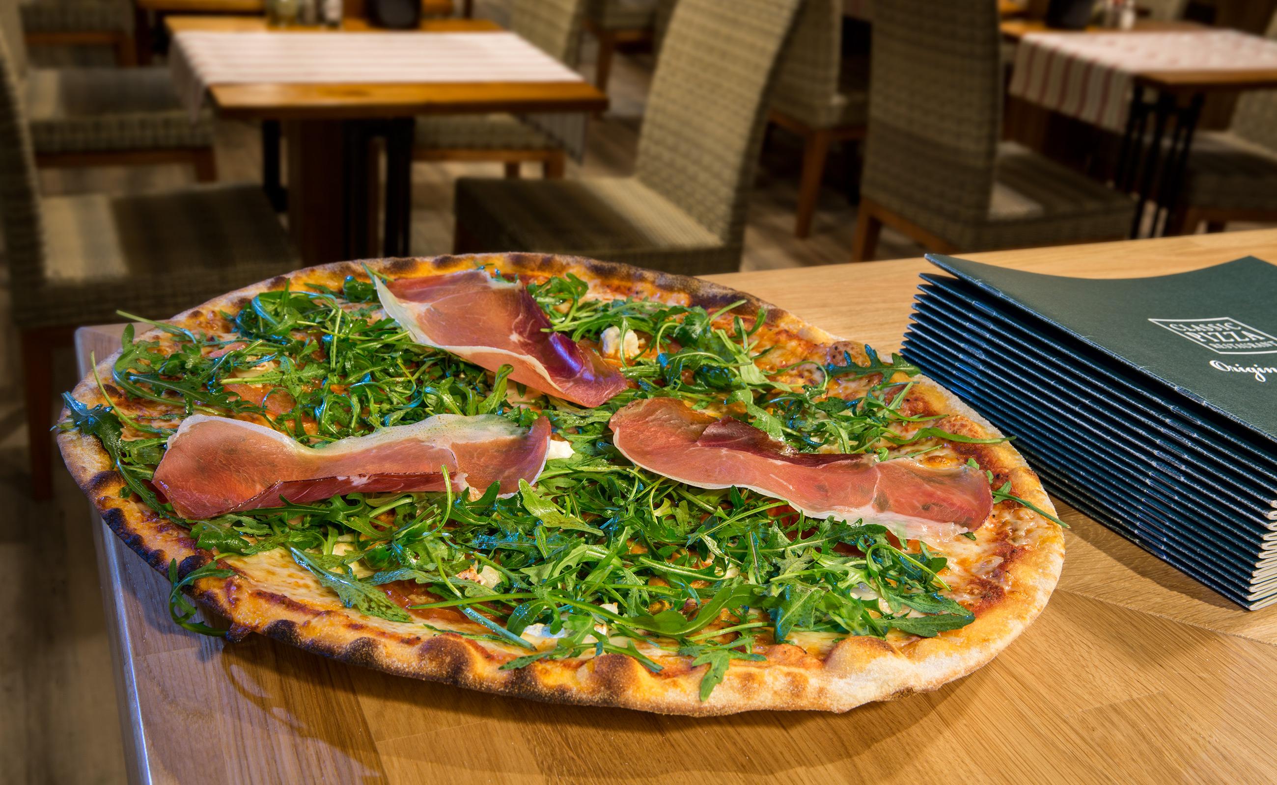 Restaurants holiday club resorts for Pizza restaurants