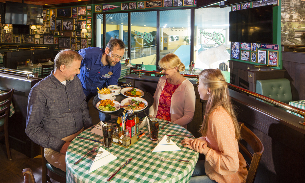 family and waiter in o'learys hor.jpg