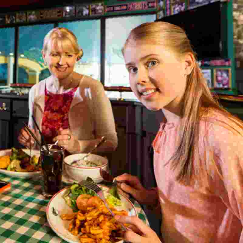 mother and daughter at o'learys squ.jpg