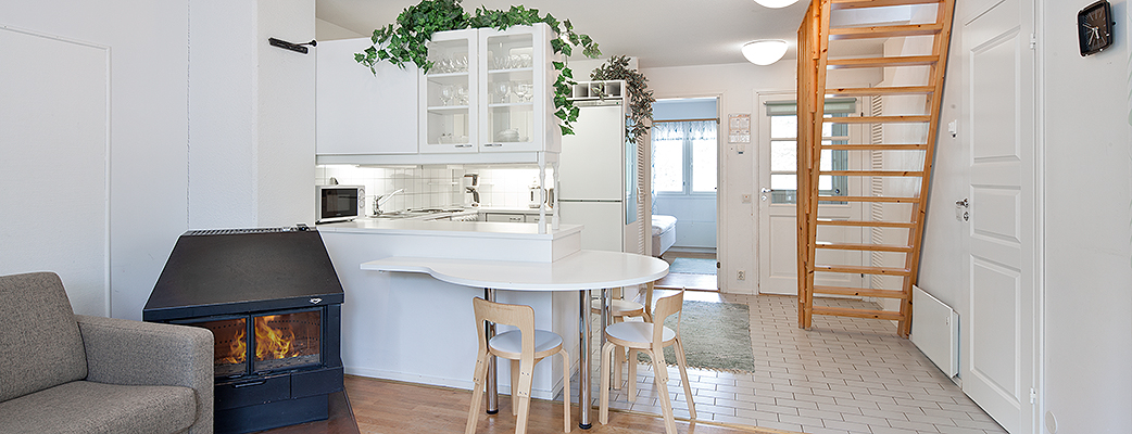 Просторный лофт может также использоваться как спальный альков. В апартаментах Holiday Club Kalajoki могут разместиться до шести человек.