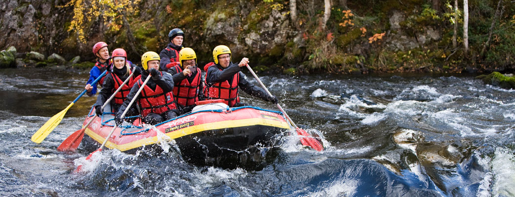 The Kuusamo area is known for its waterways. White water rafting provides a healthy challenge for families and more experienced individuals alike.