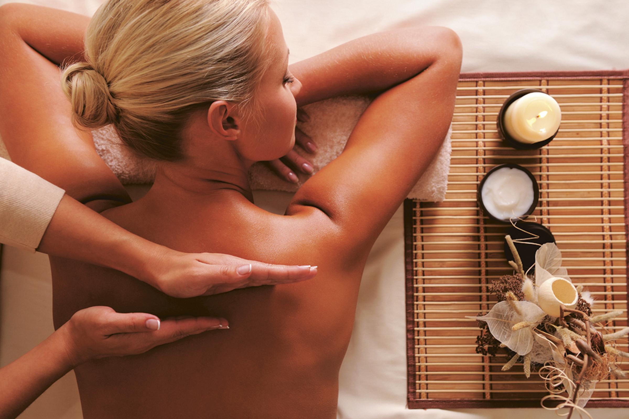 Русская девушка выполняет лингман массаж 23 фотография