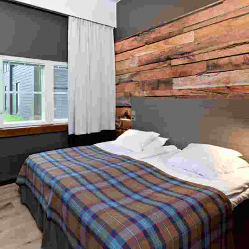 kuusamo-new hotelroom-squ.jpg