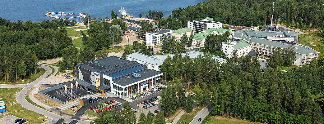 Shopping Centre Capri is located in Rauha, Lappeenranta, just a few hundred metres from Holiday Club Saimaa spa hotel.