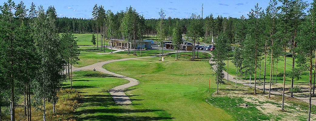 Saimaan Golf Academy tarjoaa opetusta kaikille yli 10-vuotiaille harrastajille.