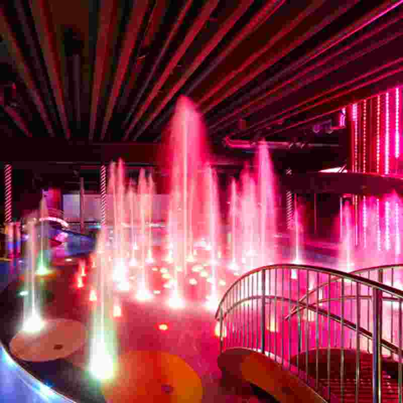 saimaa-spa-pink-fountain-squ.jpg