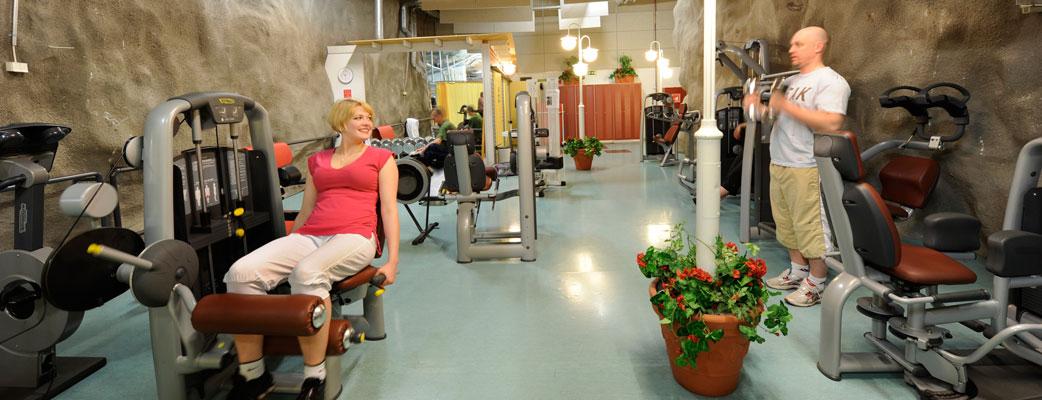 Powerhouse Gymille ovat kaikentasoiset kuntoilijat tervetulleita - nosta ensin sykettä salilla ja rentoudu sen jälkeen kylpylässä.