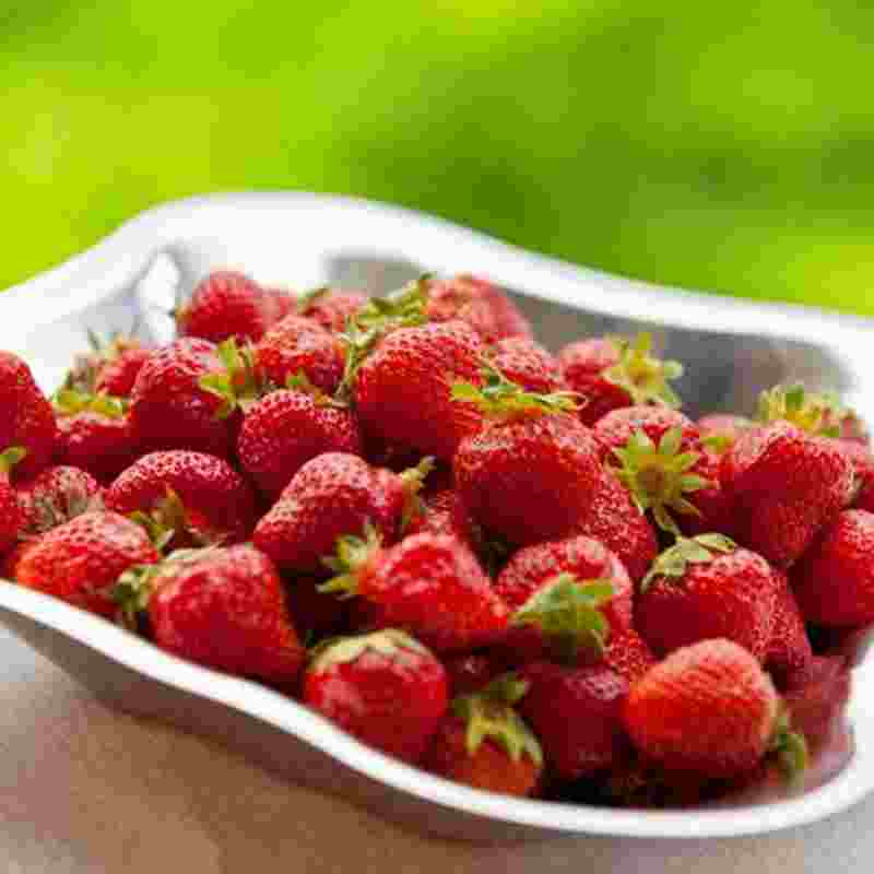 strawberries-squ.jpg
